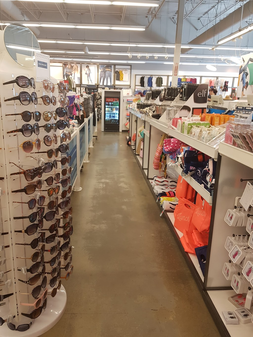 Old Navy | clothing store | 13158 137 Ave NW, Edmonton, AB T5L 4Z6, Canada | 7804784477 OR +1 780-478-4477