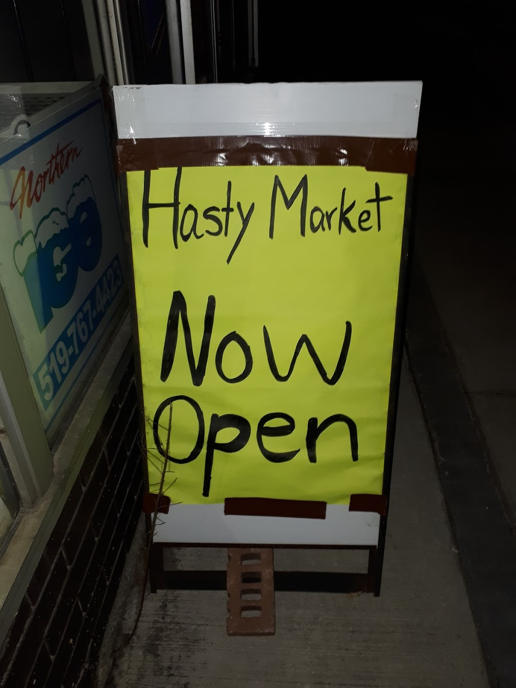 Hasty market | convenience store | 394 Concession St, Hamilton, ON L9A 1B7, Canada | 2892469894 OR +1 289-246-9894