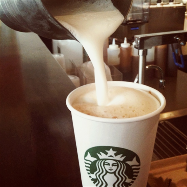 Starbucks | cafe | 25 Consumers Dr, Whitby, ON L1N 9S2, Canada | 9056680638 OR +1 905-668-0638