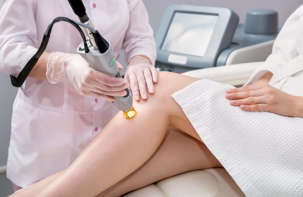 Bronte Dermatology & Laser Clinic , Oakville, Dr.Foroozan | doctor | 2525 Old Bronte Rd #500, Oakville, ON L6M 4J2, Canada | 9058471300 OR +1 905-847-1300