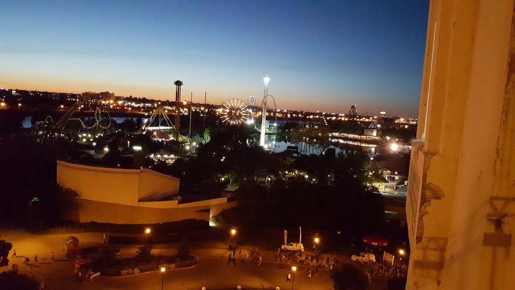 Parc Jos-Montferrand | park | Ville-Marie, Montreal, QC H2K 2K2, Canada | 5148720311 OR +1 514-872-0311