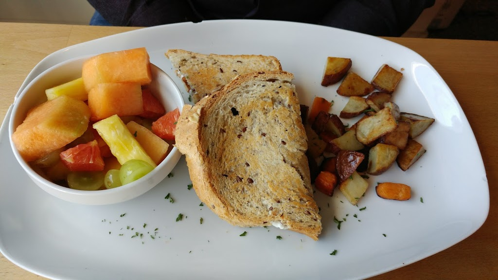 Petit Cafe Du Nord   restaurant   1120 Rue Prospect, Sherbrooke, QC J1H 1B4, Canada   8193484177 OR +1 819-348-4177