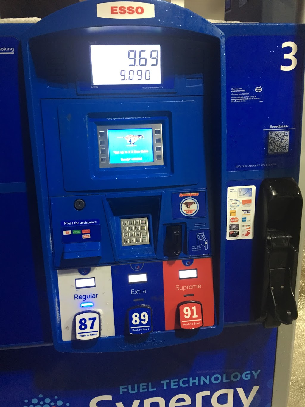 Esso | gas station | 775 Highland Rd W, Kitchener, ON N2M 5P5, Canada | 5197435950 OR +1 519-743-5950