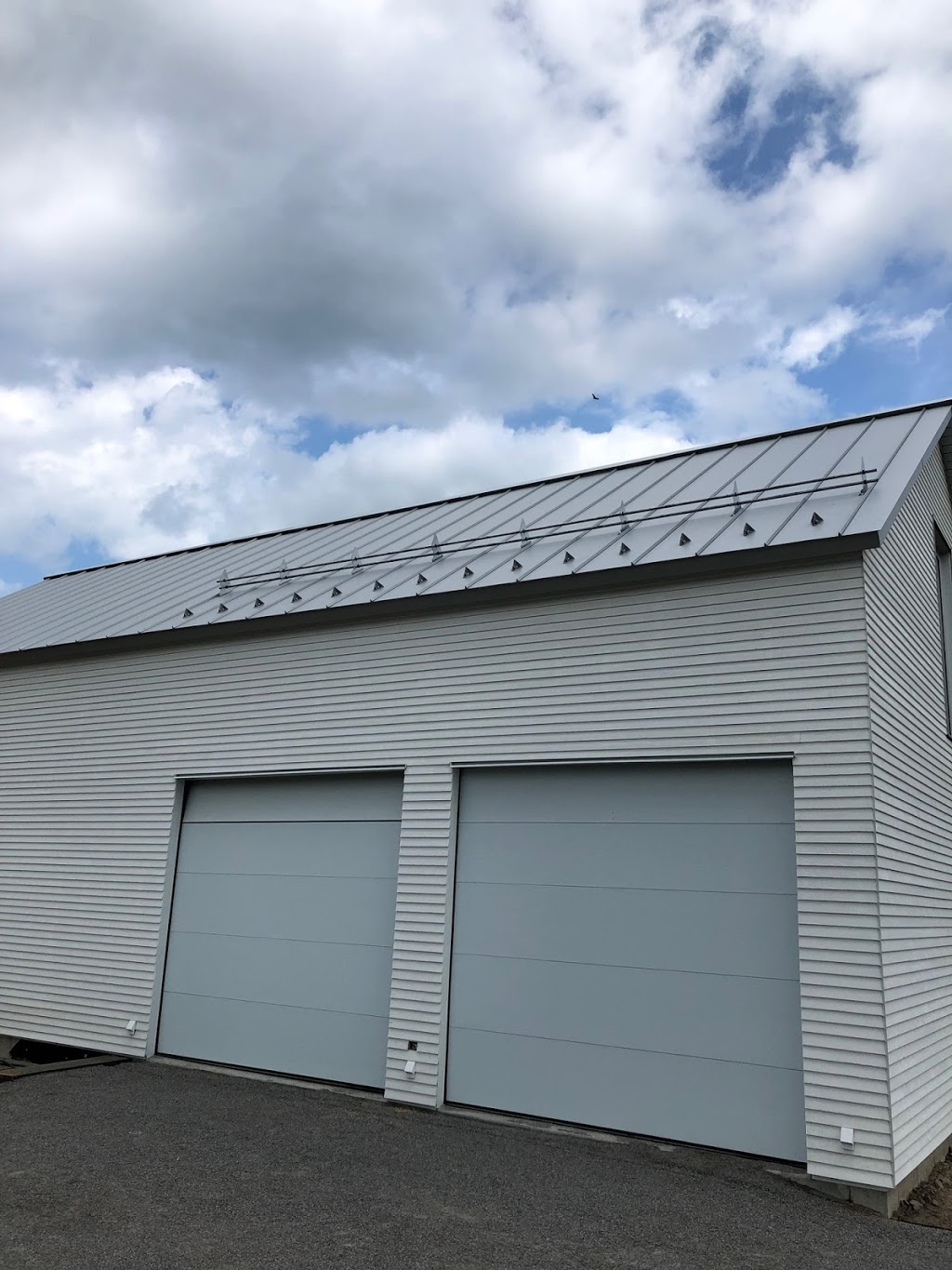 Toiture dacier - Groupe CO-REC | roofing contractor | 661 Boulevard Jean-Paul-Vincent, Longueuil, QC J4G 1R3, Canada | 4388628353 OR +1 438-862-8353