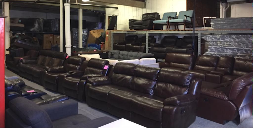 Barton Furniture Liquidation   furniture store   581 Barton St E, Hamilton, ON L8L 2Z4, Canada   9055269566 OR +1 905-526-9566
