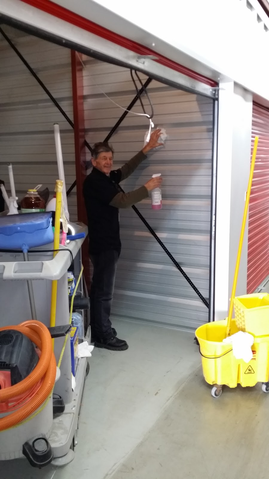 U-Haul Moving & Storage Of Abbotsford | storage | 33966 Hazelwood Ave RR3, Abbotsford, BC V2S 7V2, Canada | 6048596095 OR +1 604-859-6095