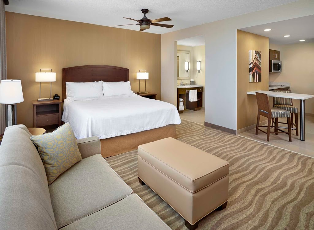 DoubleTree Suites Hilton | lodging | 1960 Brunswick St, Halifax, NS B3J 3J8, Canada
