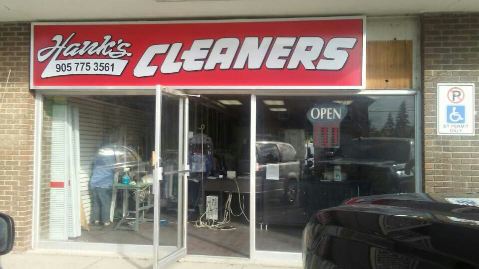 Hanks Cleaners | laundry | 101 Holland St W, Bradford, ON L3Z, Canada | 9057753561 OR +1 905-775-3561