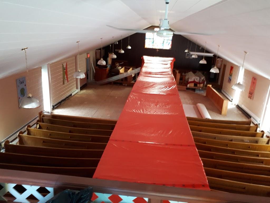 Holy Trinity Emmanuel Church | church | 30 Alfred St, Dartmouth, NS B3A 4E9, Canada | 9024633713 OR +1 902-463-3713
