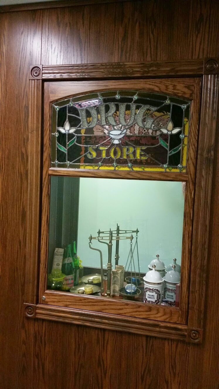Apothecary of Morden Inc | health | 118 Stephen St, Morden, MB R6M 1T3, Canada | 2048225222 OR +1 204-822-5222