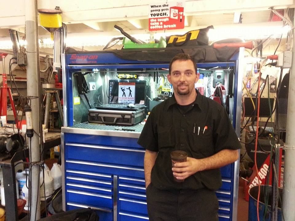 Titanium Auto Service | car repair | 211 Wharncliffe Rd S, London, ON N6J 2K8, Canada | 5196722886 OR +1 519-672-2886