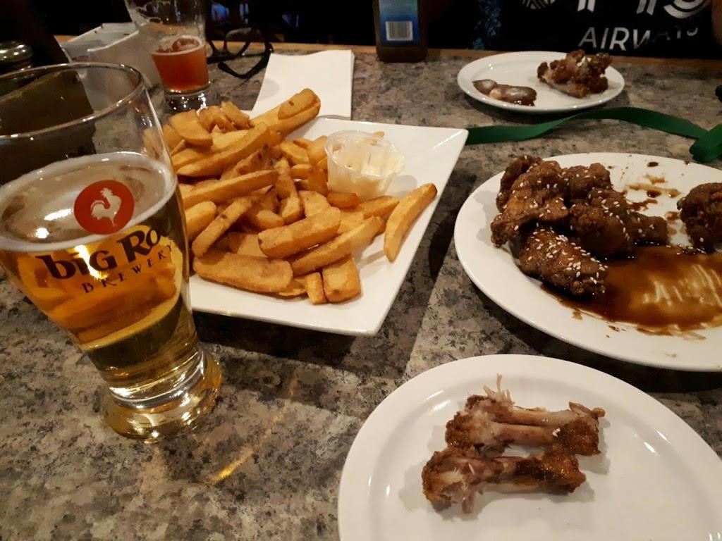 Mug Shotz Sports Bar & Grill | restaurant | 2808 Ogden Rd SE, Calgary, AB T2G 4R7, Canada | 4032644441 OR +1 403-264-4441
