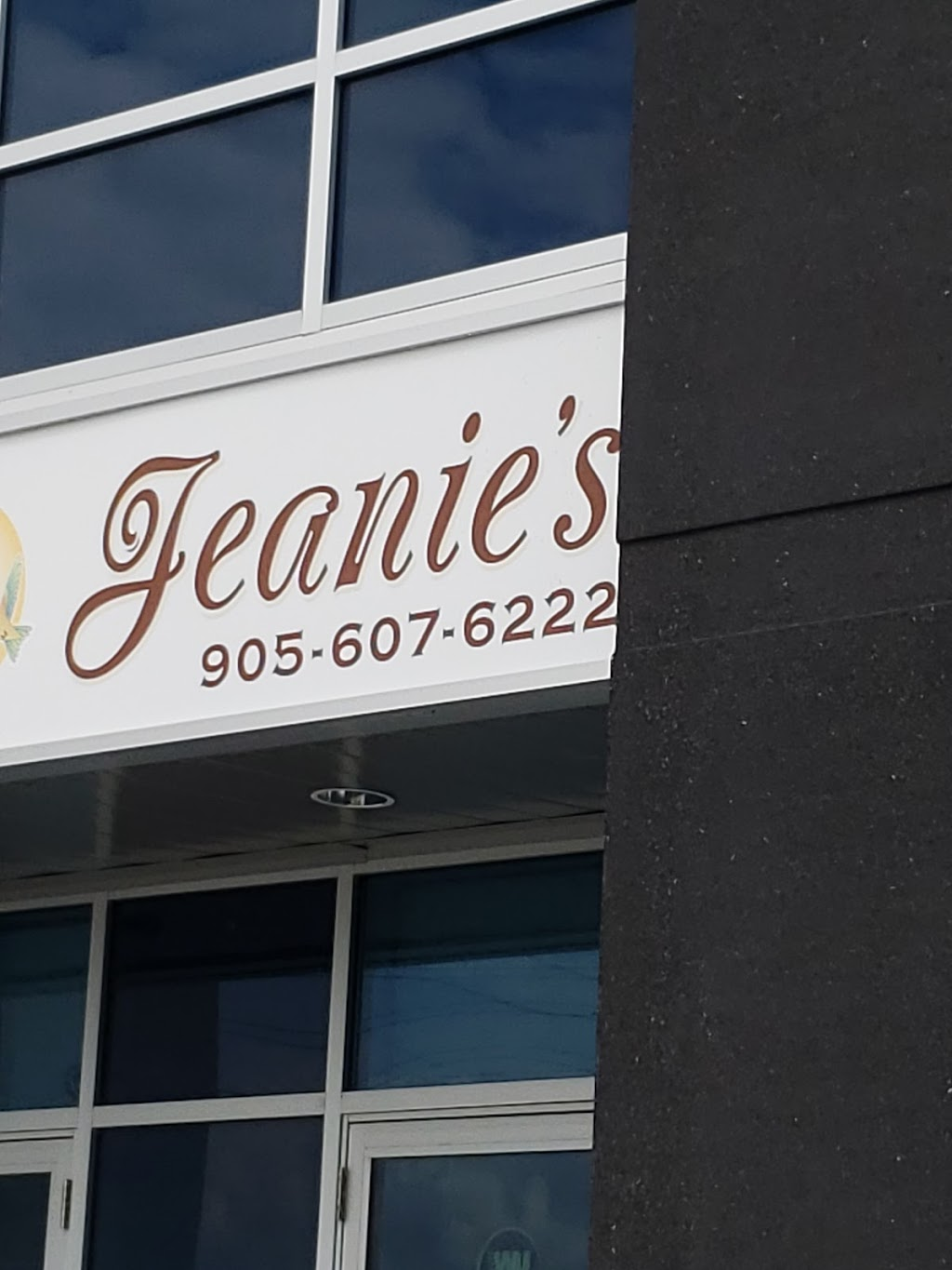 Jeanies Market Bakery | bakery | 6-3670 Odyssey Dr, Mississauga, ON L5M 7N4, Canada | 9056076222 OR +1 905-607-6222