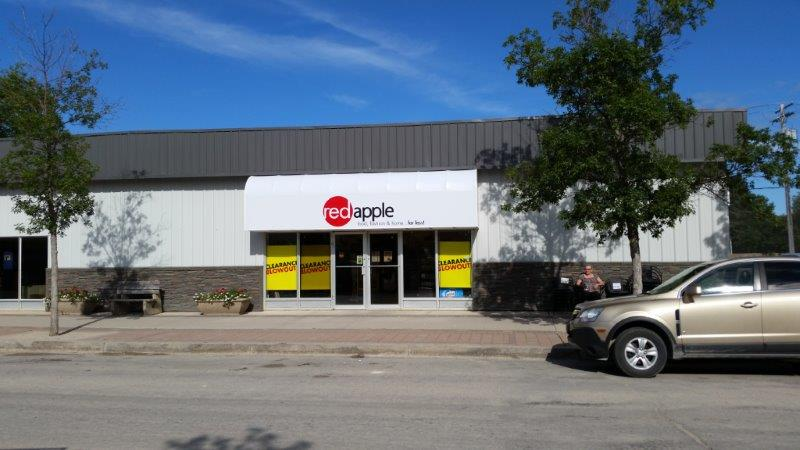 Red Apple Store | department store | 266 Main St, Arborg, MB R0C 0A0, Canada | 2043765230 OR +1 204-376-5230
