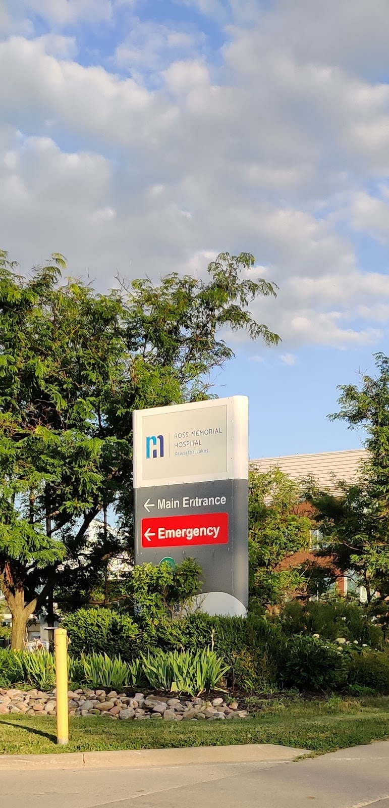 Ross Memorial Hospital | health | 10 Angeline St N, Lindsay, ON K9V 4M8, Canada | 7053246111 OR +1 705-324-6111