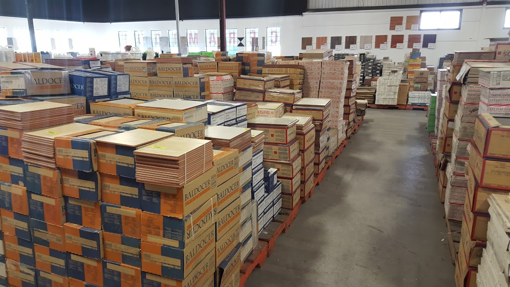 Plancher Surplus Liquidation | home goods store | 10091 Rue Renaude-Lapointe, Anjou, QC H1J 2T4, Canada | 5148523555 OR +1 514-852-3555