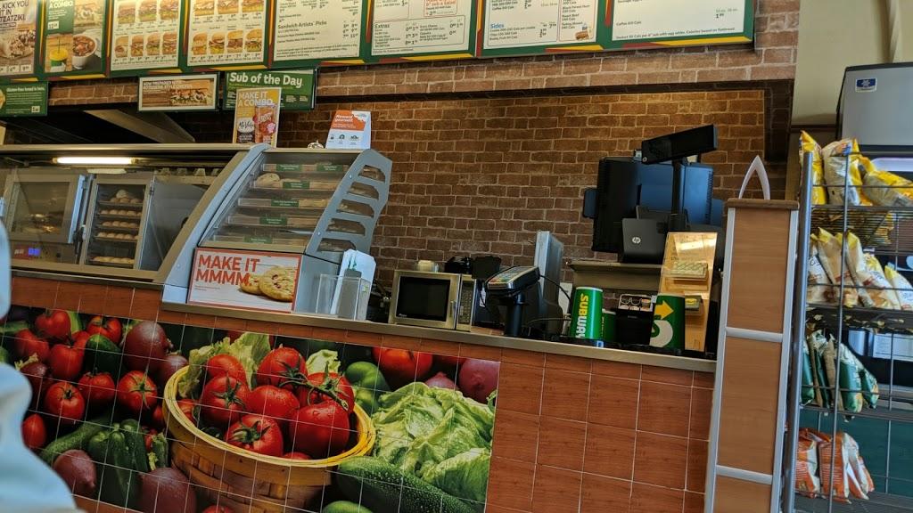 Subway | meal takeaway | 575 Laval Dr Unit #800, Oshawa, ON L1J 0B5, Canada | 9055717827 OR +1 905-571-7827
