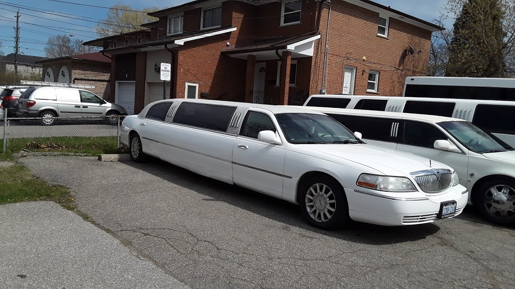 toronto luxury aaa yorkdale limousines and vintage cars | point of interest | 11 Irwin Rd, Etobicoke, ON M9W 2P6, Canada | 6476060172 OR +1 647-606-0172