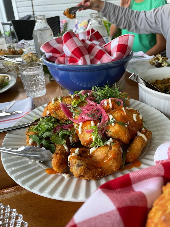 Marilynne   restaurant   19 Toronto St N, Markdale, ON N0C 1H0, Canada   5199861537 OR +1 519-986-1537