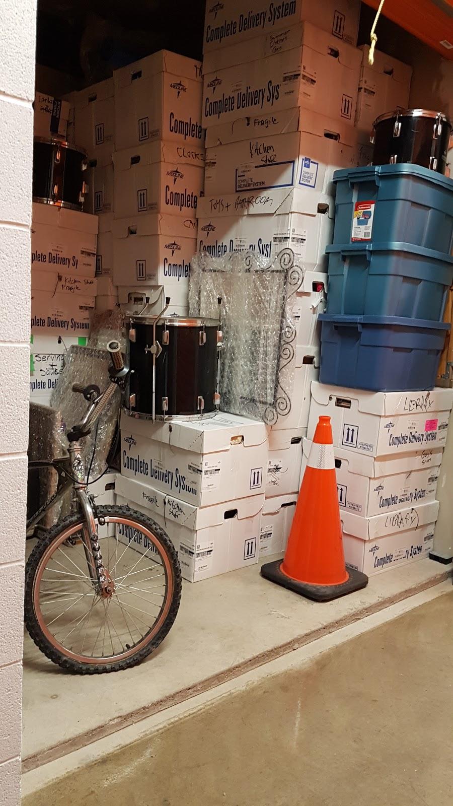 U-Haul Moving & Storage at Fairway Rd | storage | 555 Fairway Rd S, Kitchener, ON N2C 1X4, Canada | 5198932222 OR +1 519-893-2222