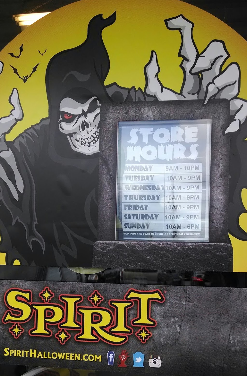 Spirit Halloween | clothing store | 900 Lasalle Blvd, Sudbury, ON P3A 5W8, Canada | 8665860155 OR +1 866-586-0155
