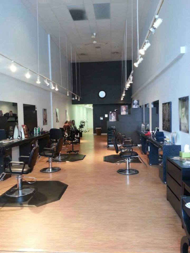 Vanity Hair & Esthetics | hair care | 432 Graham Ave, Winnipeg, MB R3C 0L8, Canada | 2049565797 OR +1 204-956-5797