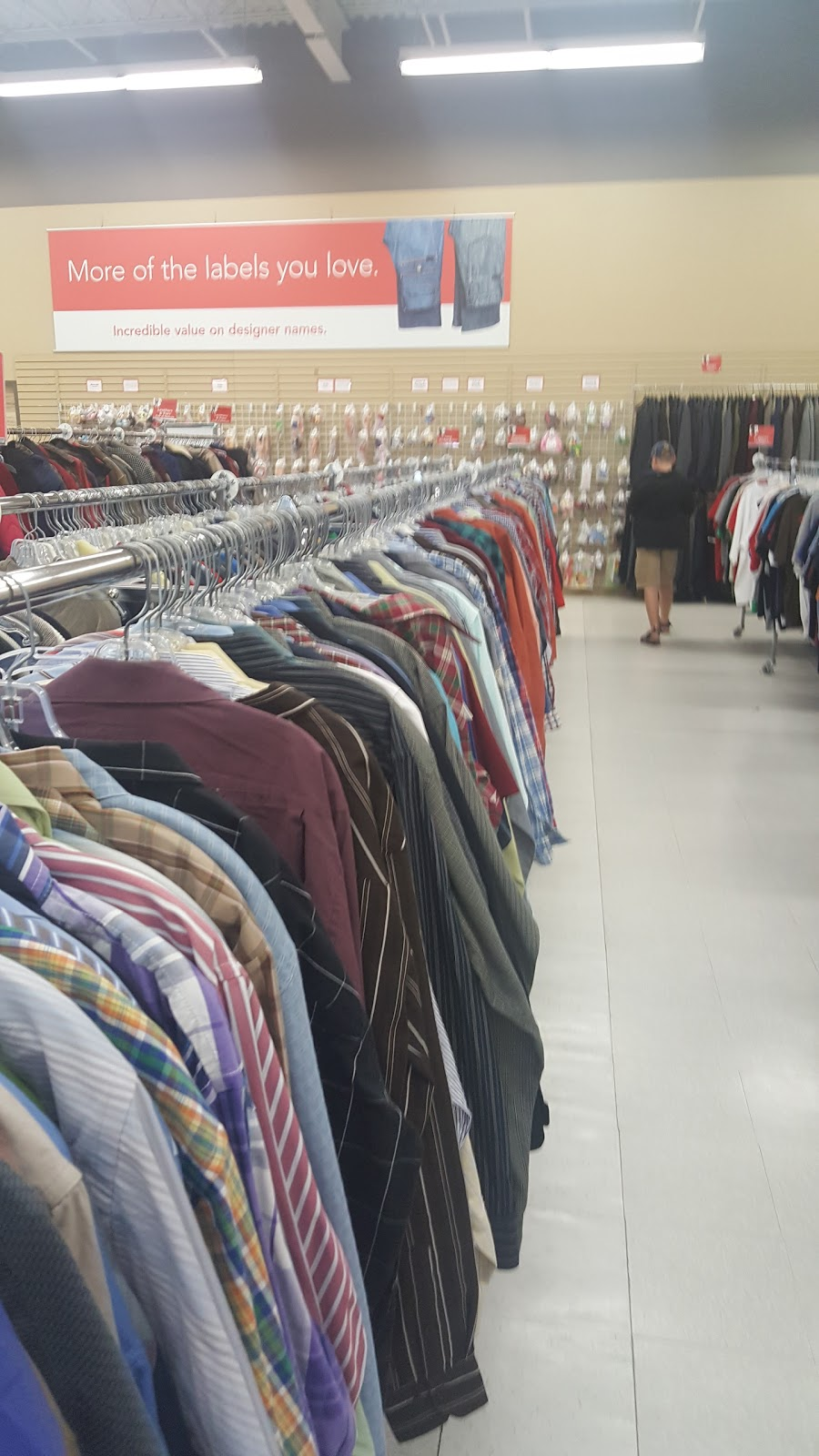 Value Village | book store | 799 Notre Dame Ave, Sudbury, ON P3A 2T2, Canada | 7055252339 OR +1 705-525-2339
