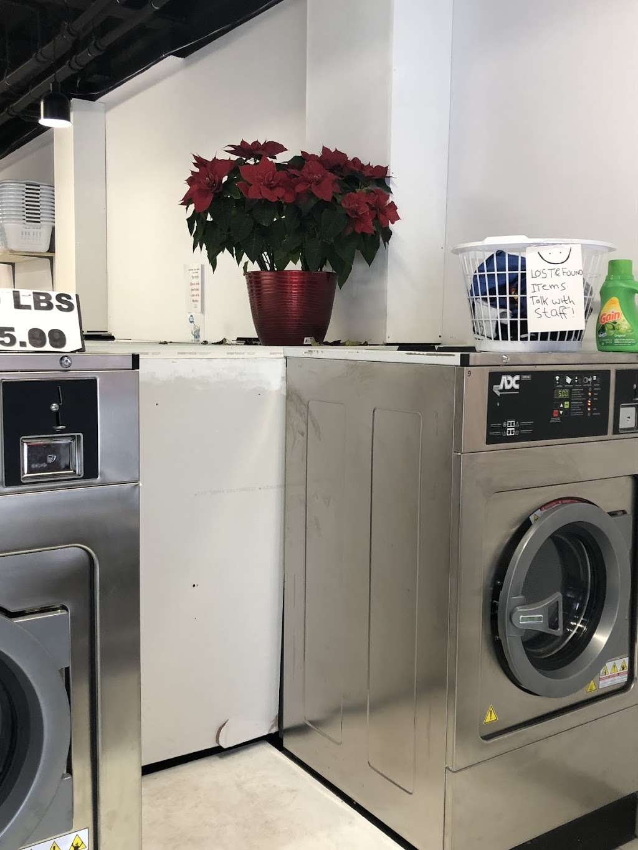 Victoria Hills Laundromat | laundry | 101 Hazelglen Dr, Kitchener, ON N2M 5A2, Canada | 5195795557 OR +1 519-579-5557