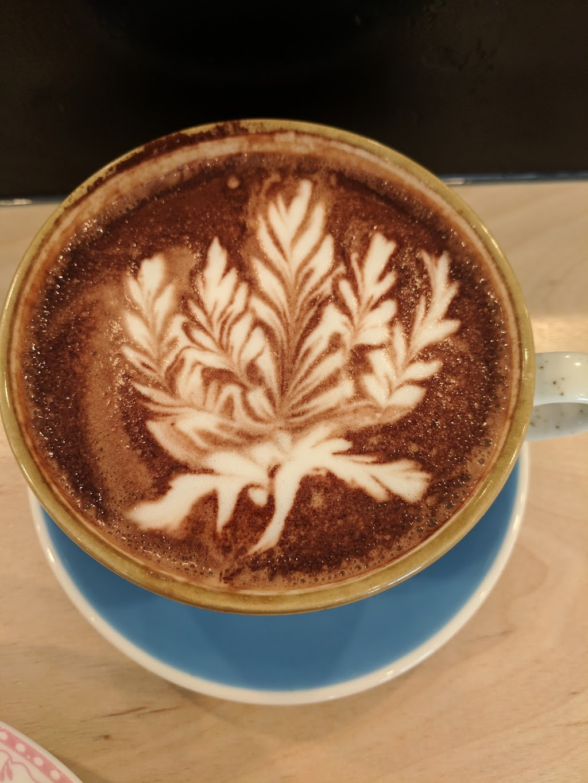 Palmier | cafe | 40 Chemin Scott, Chelsea, QC J9B 1R5, Canada | 8198271777 OR +1 819-827-1777