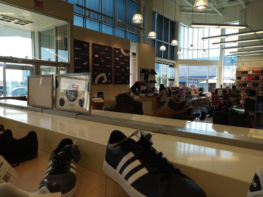 Globo Chaussures   shoe store   1100 Rue Bouvier, Québec, QC G2K 1L9, Canada   4186224562 OR +1 418-622-4562