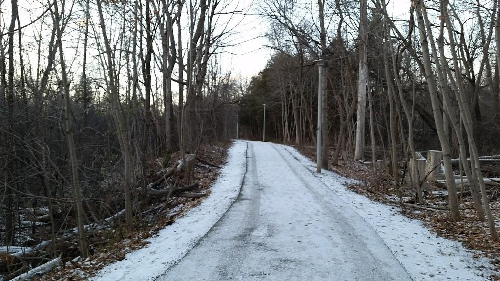 Burnett Park   park   352 Burnett Ave, North York, ON M2N 1W4, Canada