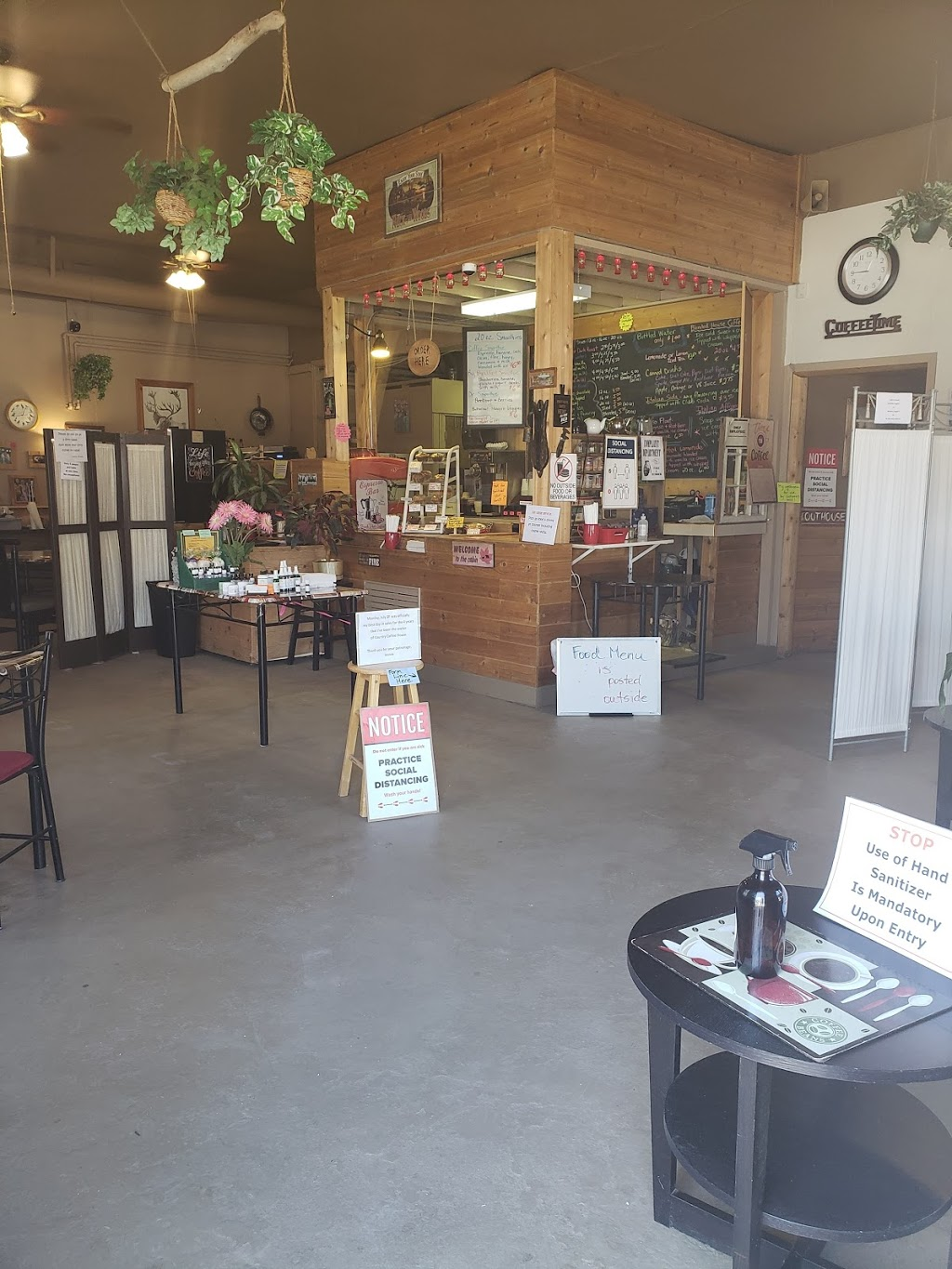Country Coffee House | cafe | 908 Belvedere St, Enderby, BC V0E 1V4, Canada | 2508380181 OR +1 250-838-0181