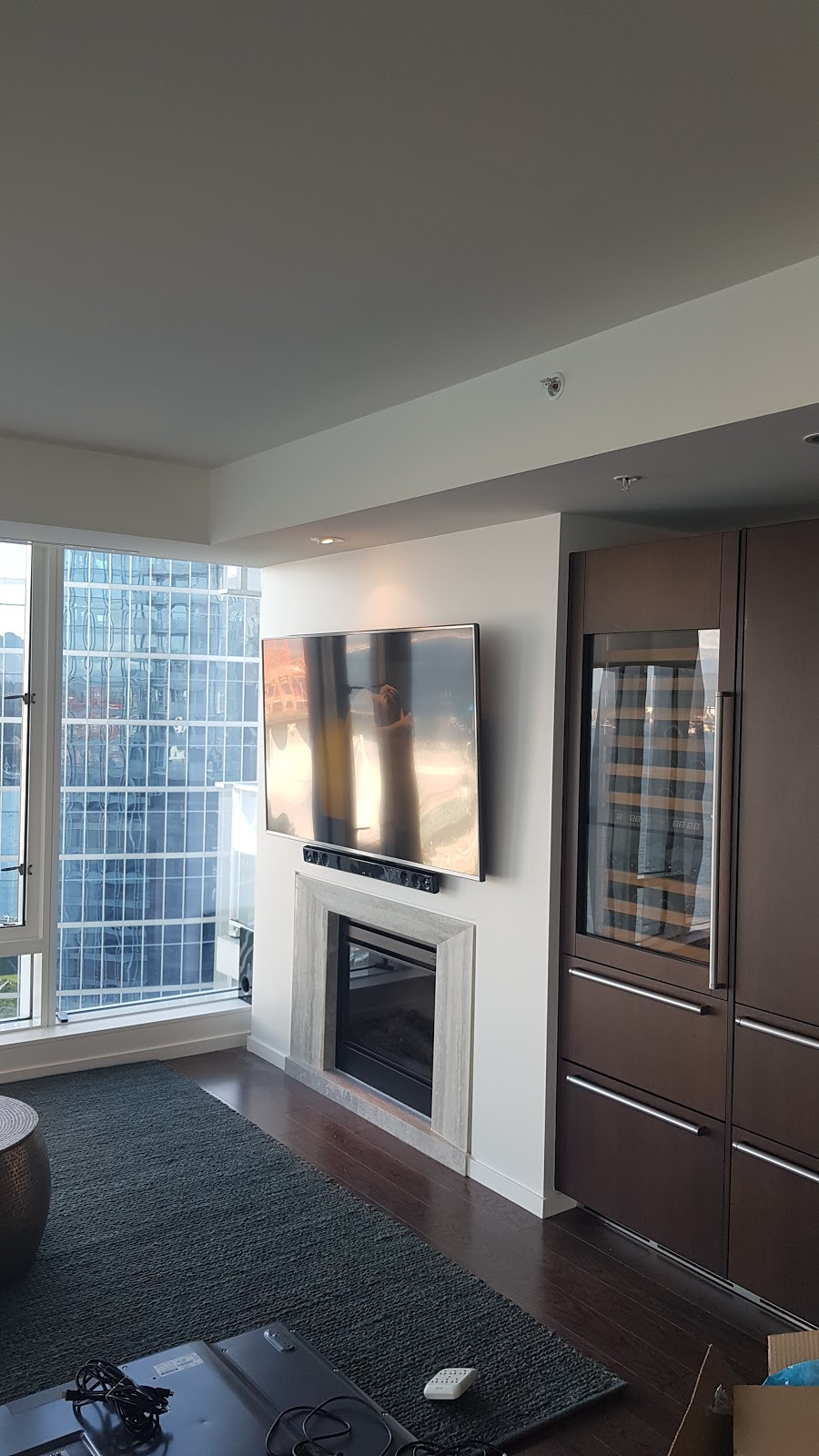 MB Installations   electrician   1288 W Cordova St, Vancouver, BC V6C 3R3, Canada   6043457609 OR +1 604-345-7609