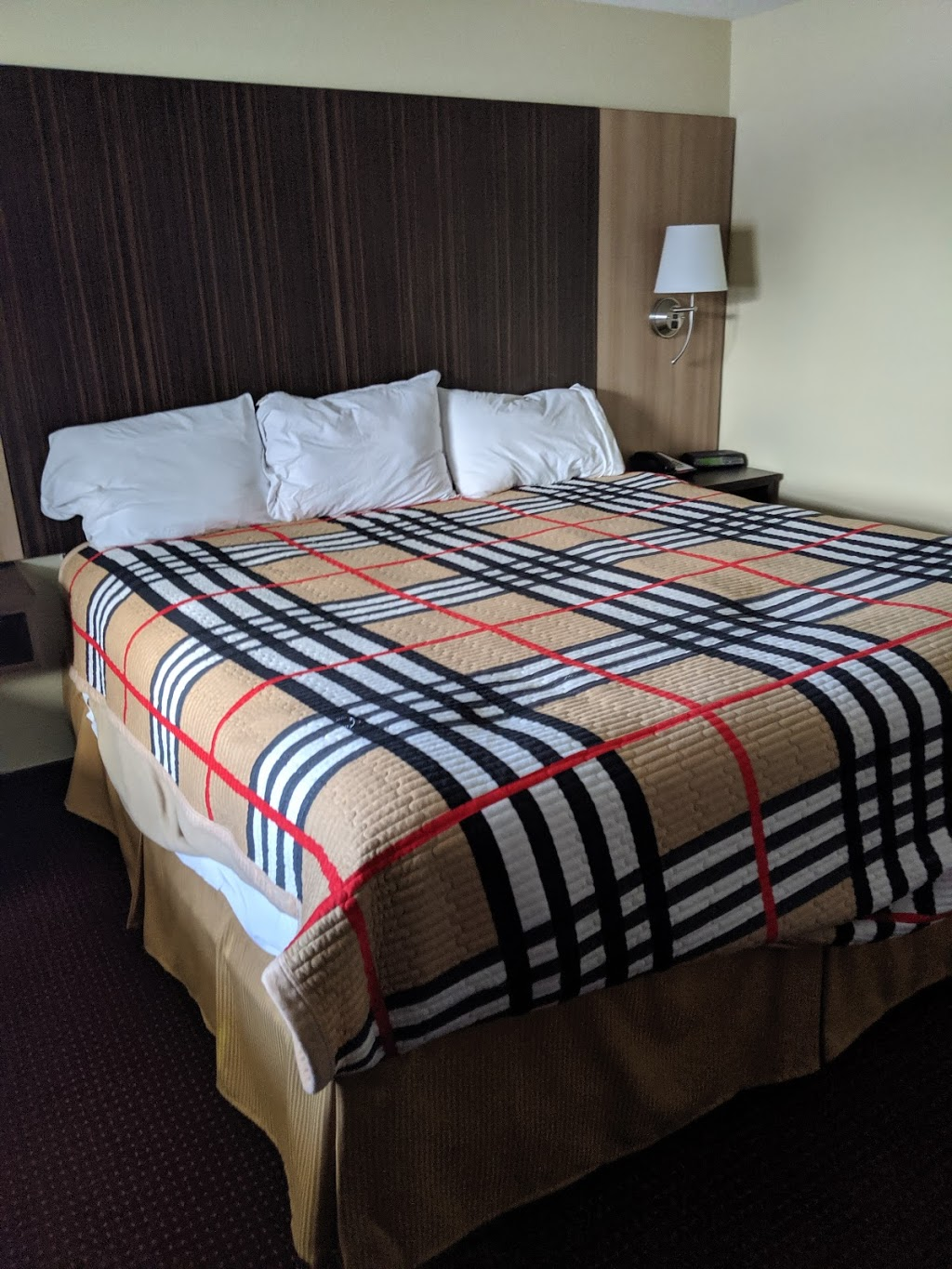 Red Carpet Inn | lodging | 1900 Niagara Falls Blvd, Tonawanda, NY 14150, USA | 7166921422 OR +1 716-692-1422