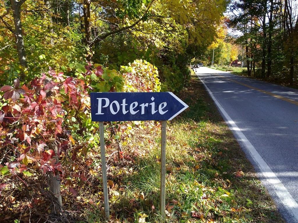 Poterie Pluriel Singulier | store | 1906 Chemin de Saint-Armand, Saint-Armand, QC J0J 1T0, Canada | 4502483527 OR +1 450-248-3527