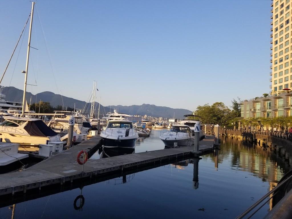Coal Harbour Park | park | 323 Jervis St, Vancouver, BC V6C 3P8, Canada | 6047188222 OR +1 604-718-8222