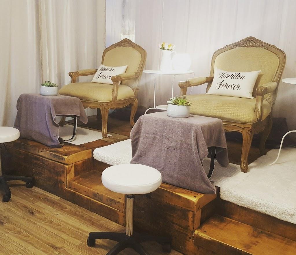 Flourish Skin Studio   spa   730 Upper James St, Hamilton, ON L9C 2Z9, Canada   2896390306 OR +1 289-639-0306