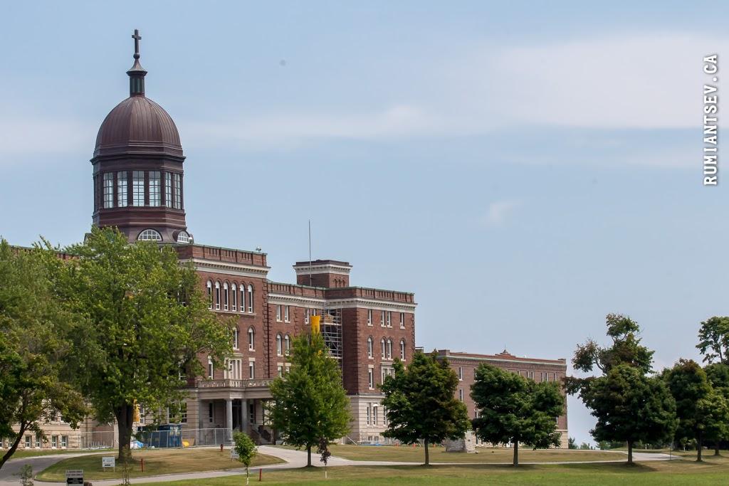 Redemptoris Mater Seminary | university | 2661 Kingston Rd, Scarborough, ON M1M 1M3, Canada | 4162649477 OR +1 416-264-9477
