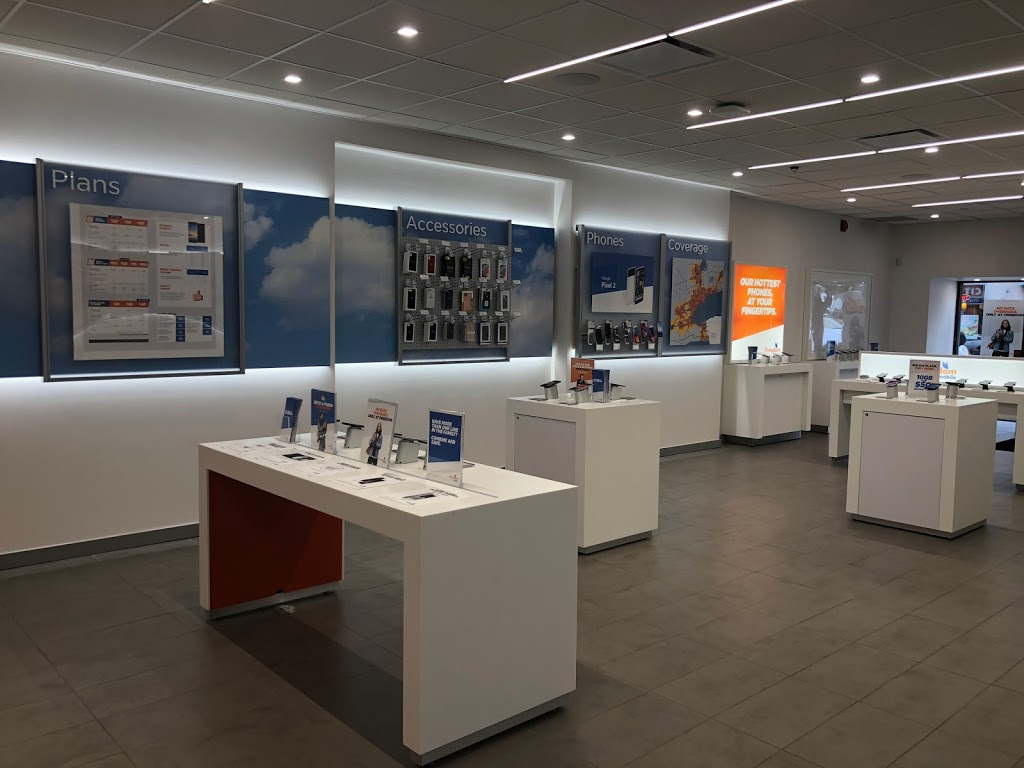 Freedom Mobile | store | 1497 Yonge Street, Unit #M101, Toronto, ON M4T 1Z2, Canada | 6474785268 OR +1 647-478-5268