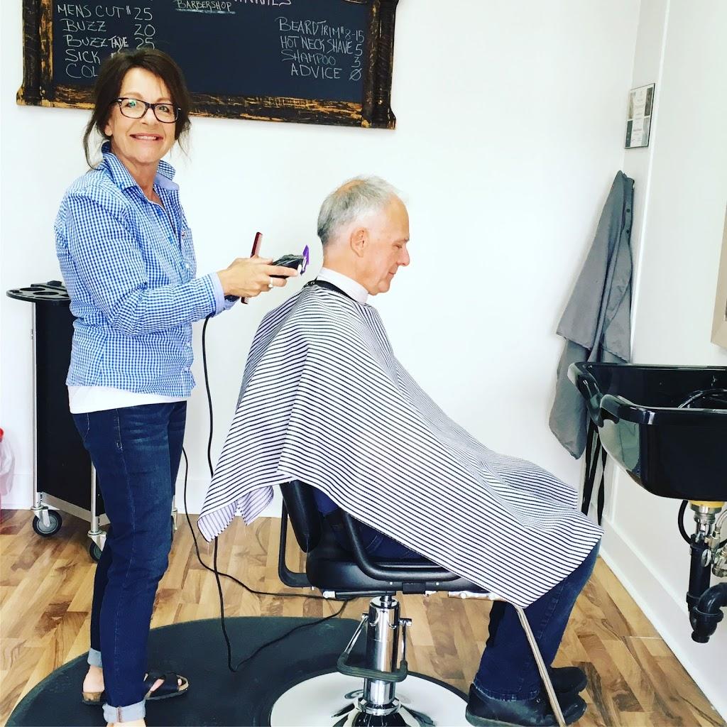 Ramblin Minnie's Barbershop | hair care | 11852 Hwy 97 Unit 11 Lakewood Mall, Lake Country, BC V4V 1E3, Canada | 2504707965 OR +1 250-470-7965