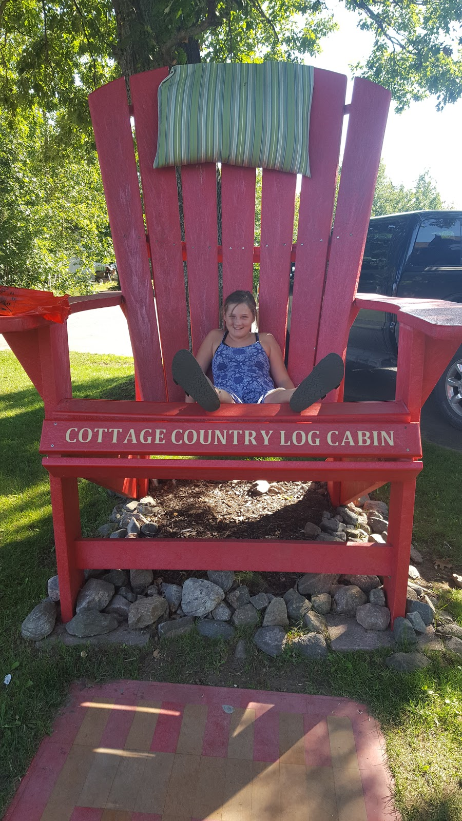 Cottage Country Log Cabin Trading Company | furniture store | 1141 Kennisis Lake Rd, West Guilford, ON K0M 2S0, Canada | 7057542285 OR +1 705-754-2285