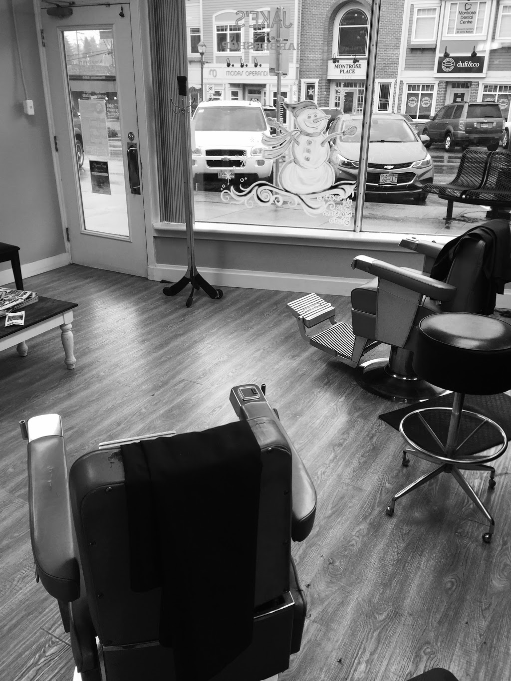Jakes Barber Shop | hair care | 2633 Montrose Ave, Abbotsford, BC V2S 3T5, Canada | 6048534941 OR +1 604-853-4941