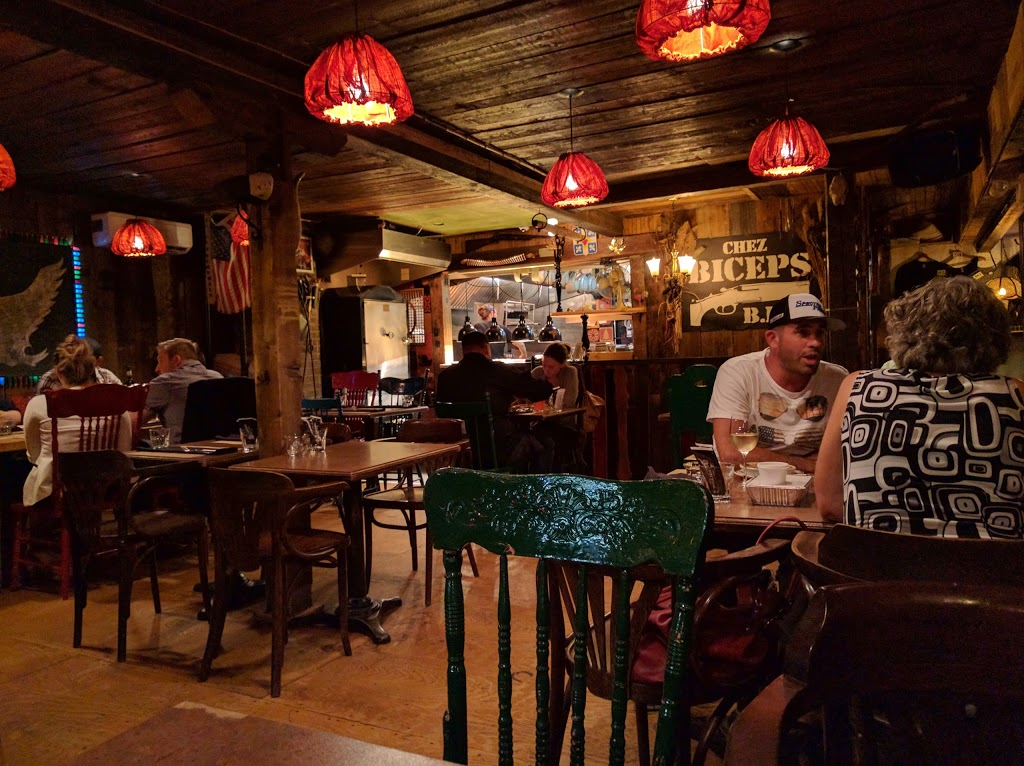 Chez Biceps BBQ   restaurant   5151 Boulevard Henri-Bourassa, Québec, QC G1H 3B1, Canada   4189145991 OR +1 418-914-5991