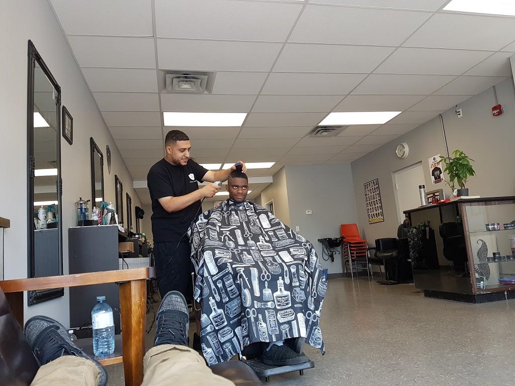Mardins Barber Shop   hair care   812 Ottawa St, Windsor, ON N8X 2C6, Canada   5199159009 OR +1 519-915-9009