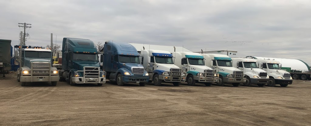 John Wayne Trucking | moving company | 2262 Springfield Rd Unit B, Winnipeg, MB R2C 2Z2, Canada | 2047771670 OR +1 204-777-1670