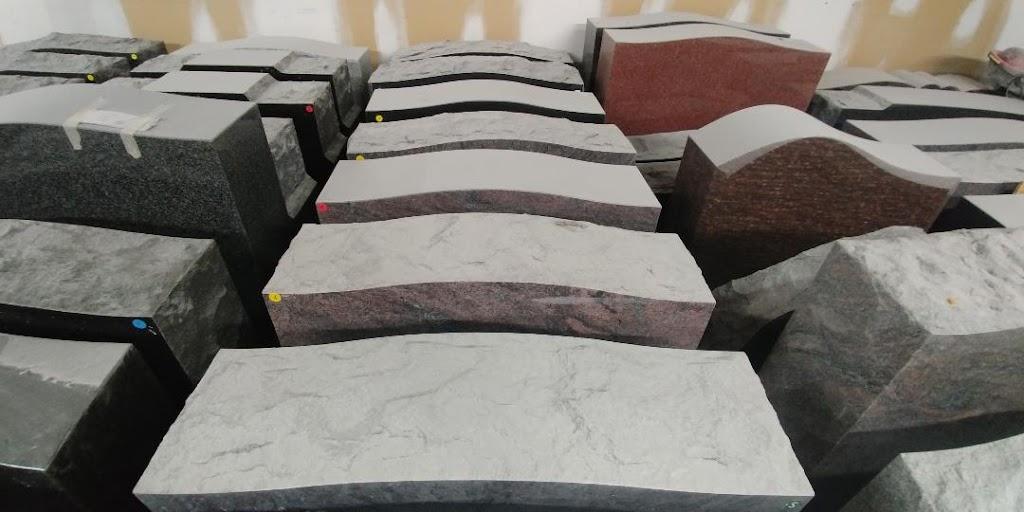 Hillsburg Memorials | point of interest | 91 Trafalgar Rd, Erin, ON N0B 1Z0, Canada | 5199275000 OR +1 519-927-5000