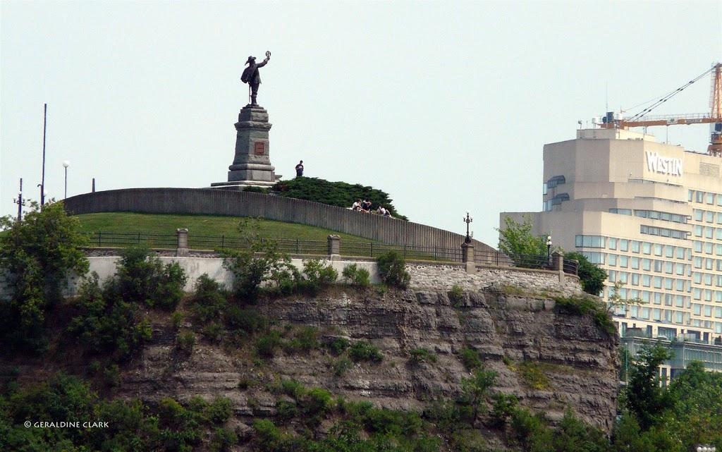 Monument Champlain | store | Ottawa, ON K1N 9N4, Canada