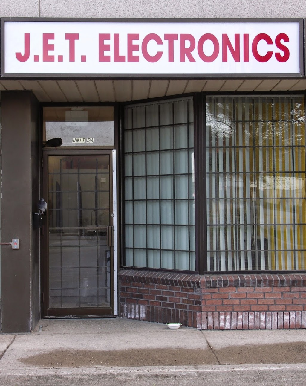 Jet Electronics Repair | home goods store | 5143 Tomken Rd, Mississauga, ON L4W 3W4, Canada | 9056021613 OR +1 905-602-1613