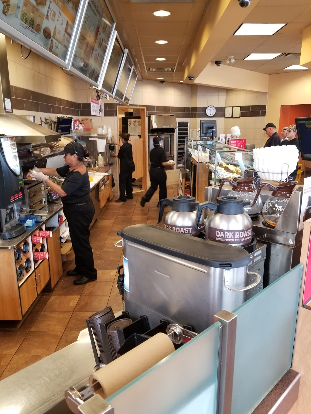 Tim Hortons | cafe | 1146 Portage Ave, Winnipeg, MB R3G 0T1, Canada | 2047755203 OR +1 204-775-5203