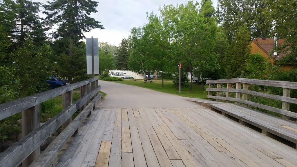 Le Genévrier   campground   1175 Boulevard Mgr de Laval, Baie-Saint-Paul, QC G3Z 2X4, Canada   4184356520 OR +1 418-435-6520